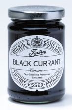 Tiptree Conserve: Black Currant (340 g jar)